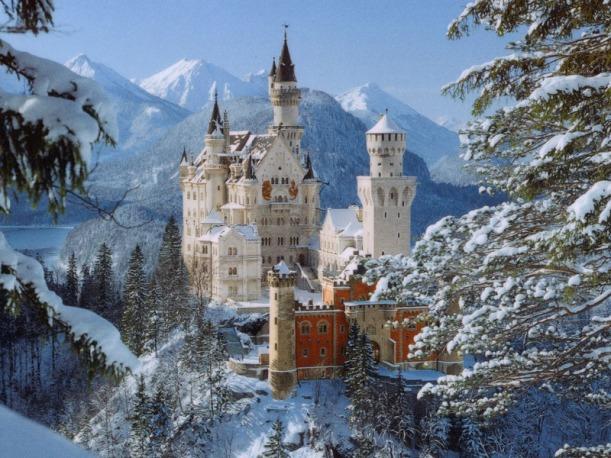 neuschwanstein_winter_classic